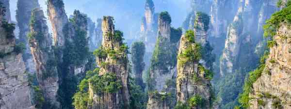 Virtual tours of Asia (Shutterstock)