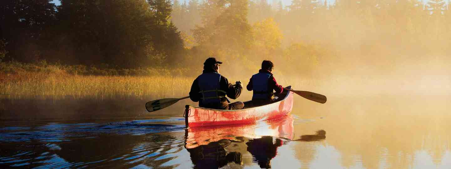 Caneoing through Canada's backwaters (Canadian Tourism Authority)