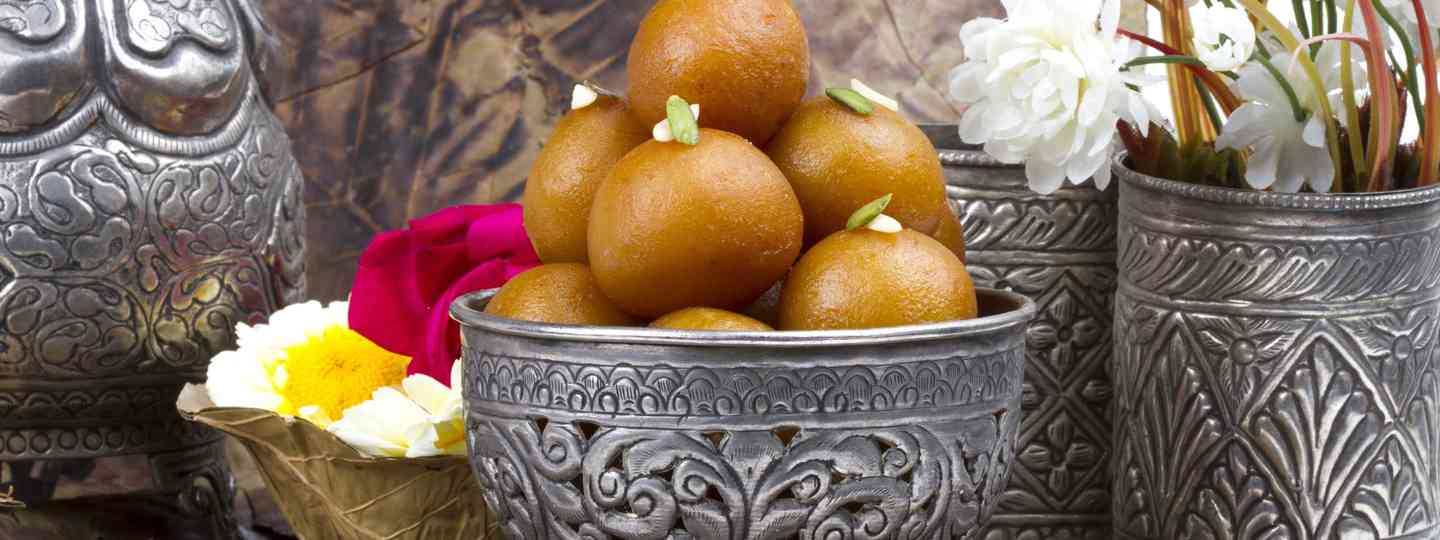 Traditional Gulab Jamun from India (Dreamstime)