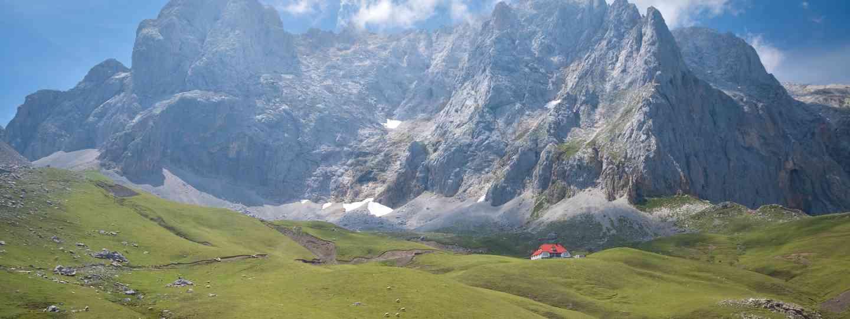 The central massif in Picos de Europa (Dreamstime)