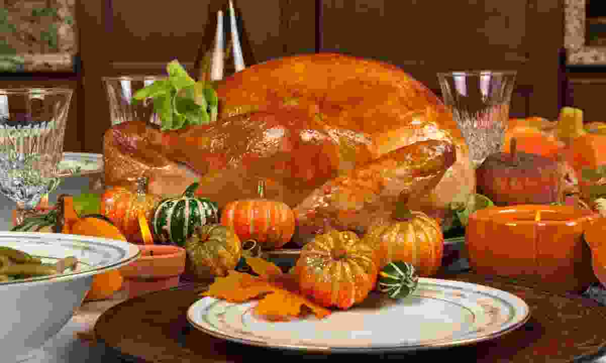 A typical Thanksgiving dinner (Dreamstime)