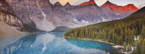 Moraine Lake in Banff (Dreamstime)