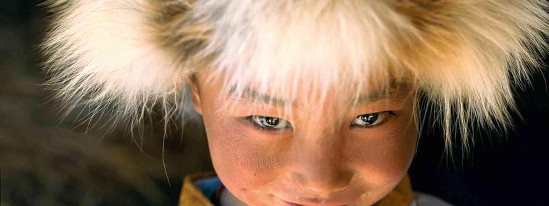 Young Himalayan boy (Olivier Föllmi)