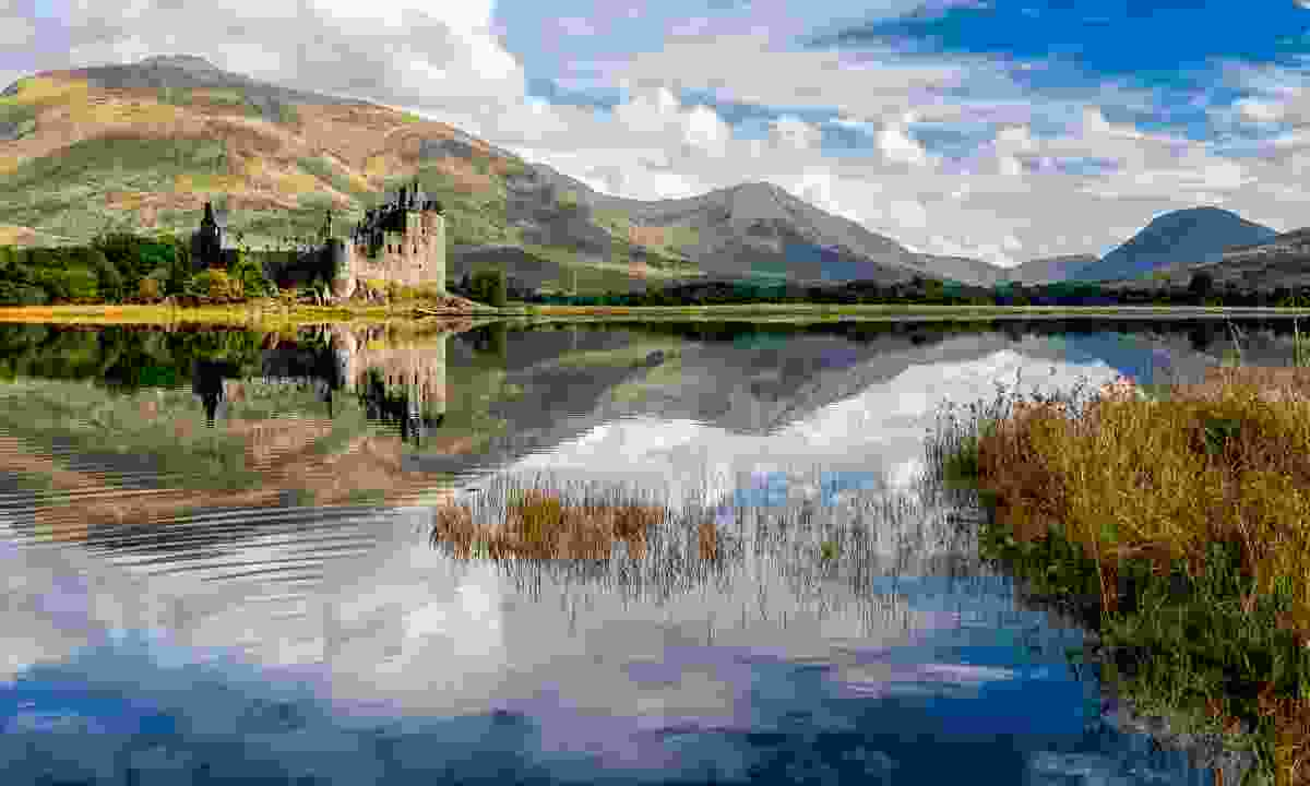 The ruins of Kilchurn Castle on Loch Awe (Shutterstock)