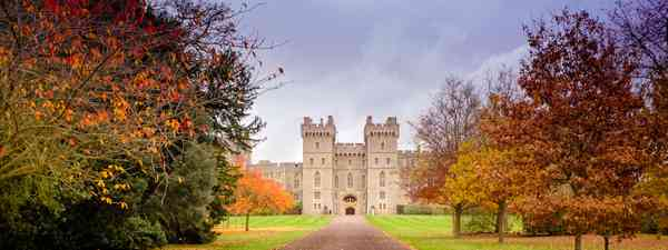 Windsor Castle in autumn (Shutterstock)