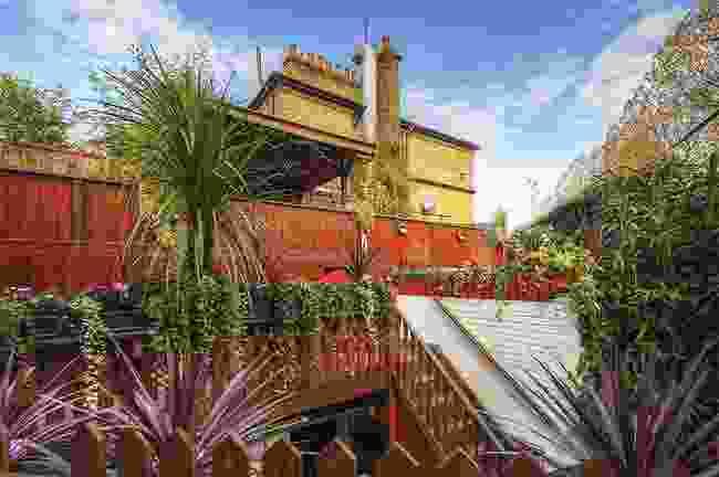 The roof-top pub garden (Faltering Fullback)