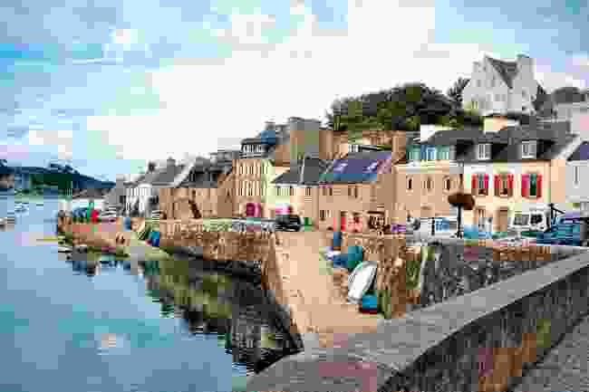 Le Conquet Harbour (Carolyn Boyd)