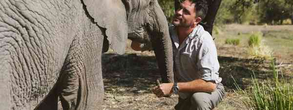 Levison Wood meets an elephant (Rhapsody)