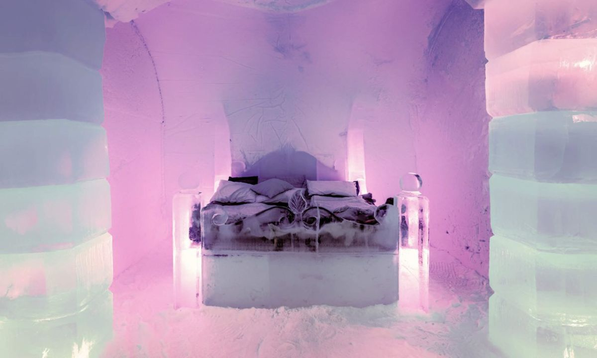 Norwegian ice hotel bedroom (Dreamstime)
