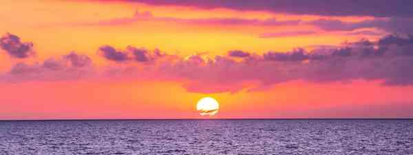 Sunset over Grand Comore (Shutterstock)