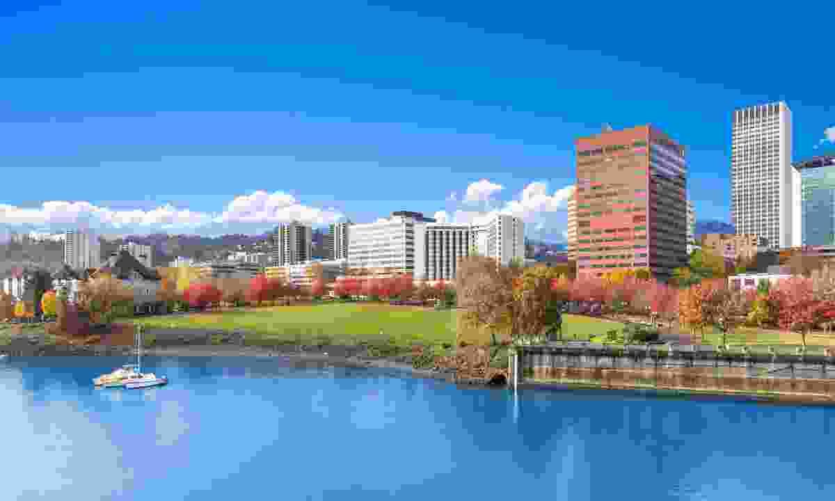 See Portland by boat (Shutterstock)