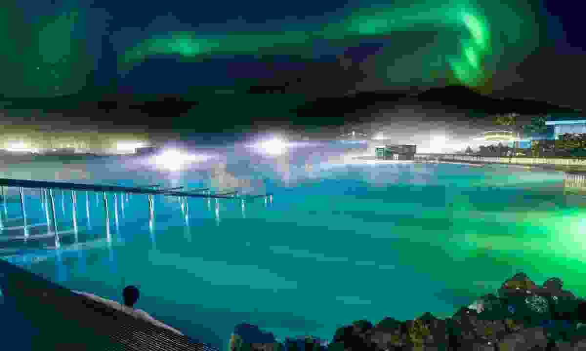 The Blue Lagoon under the northern lights (Shutterstock)
