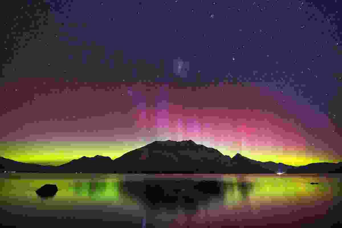 The Southern Lights over Lake Wakatipu, New Zealand (Shutterstock)