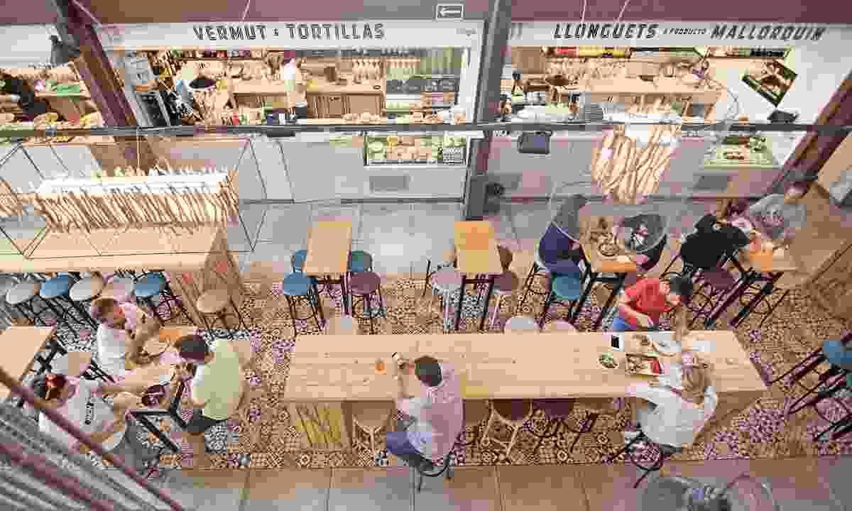 San Juan food court (Dreamstime)