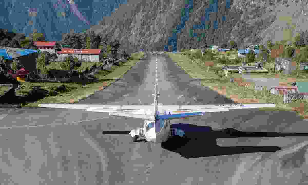 Getting ready for take off in Lukla (Dreamstime)
