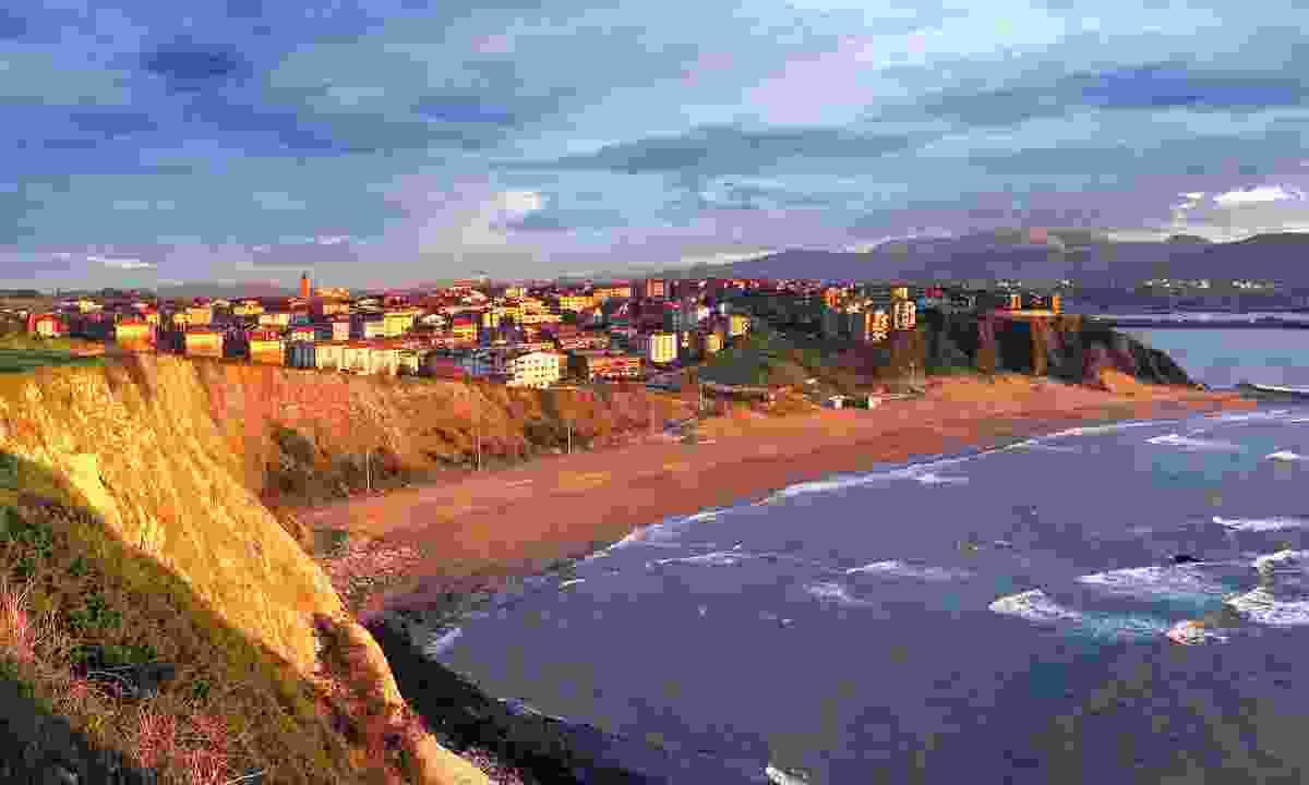 Arrigunaga Beach (Dreamstime)