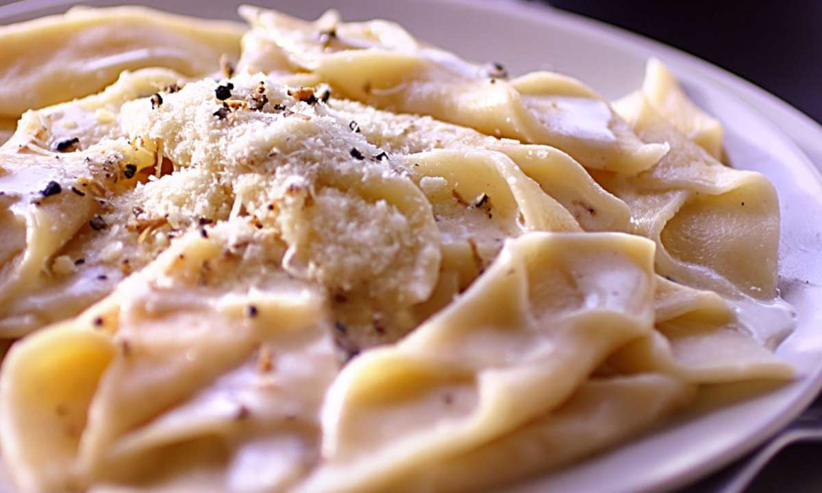 Pasta with truffles (Dreamstime)