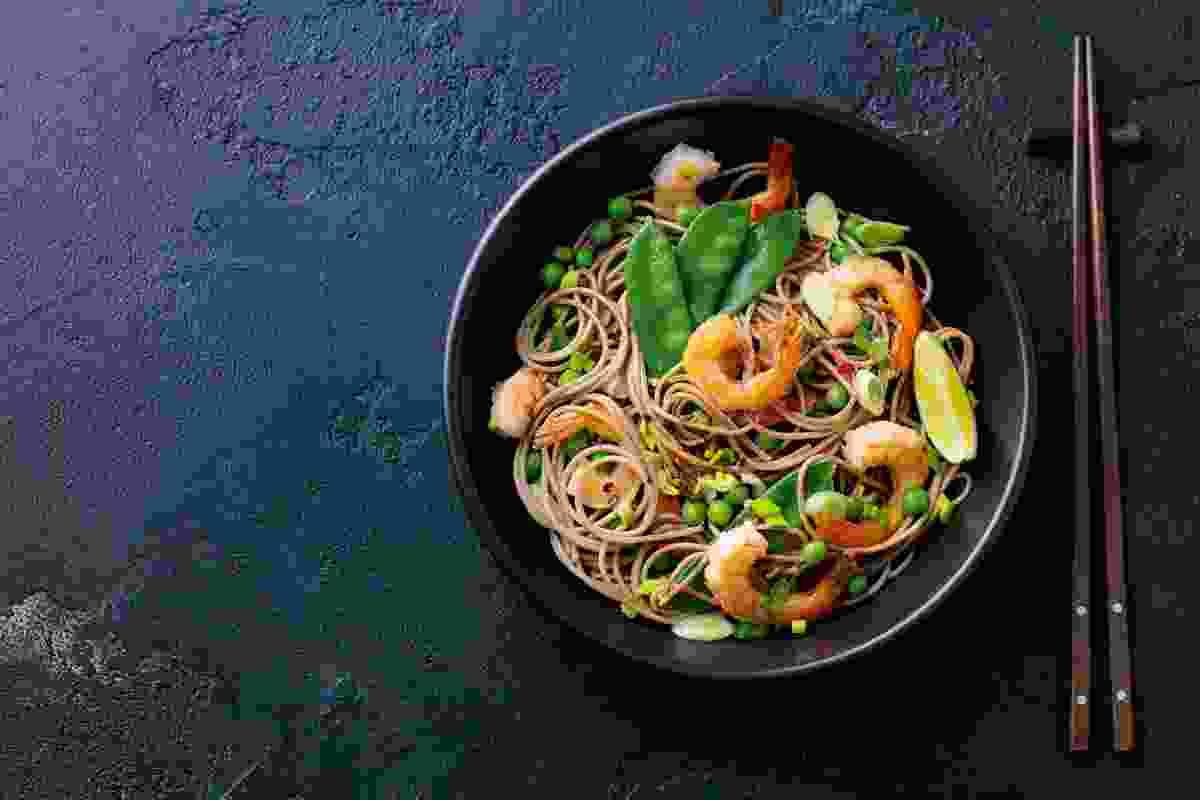 Stir fry noodles with prawn (Shutterstock)