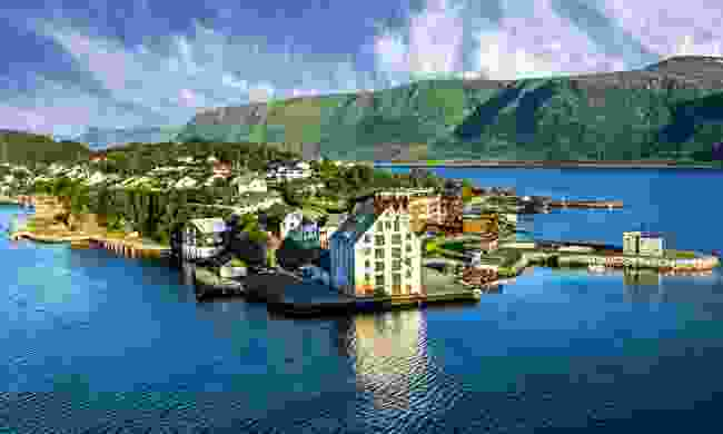 Perhaps the prettiest town in all of Norway (Shutterstock)