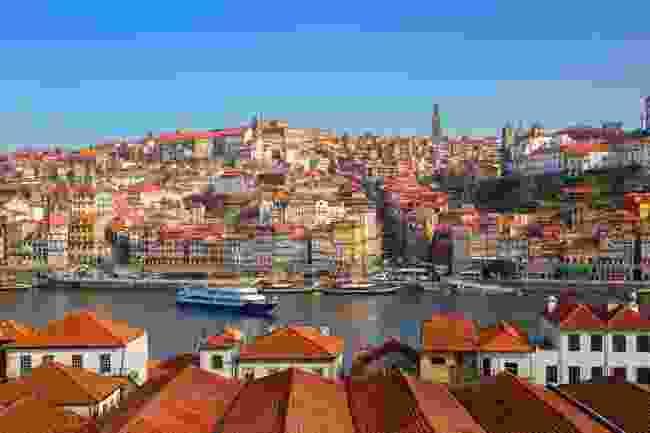 Porto in spring (Shutterstock)
