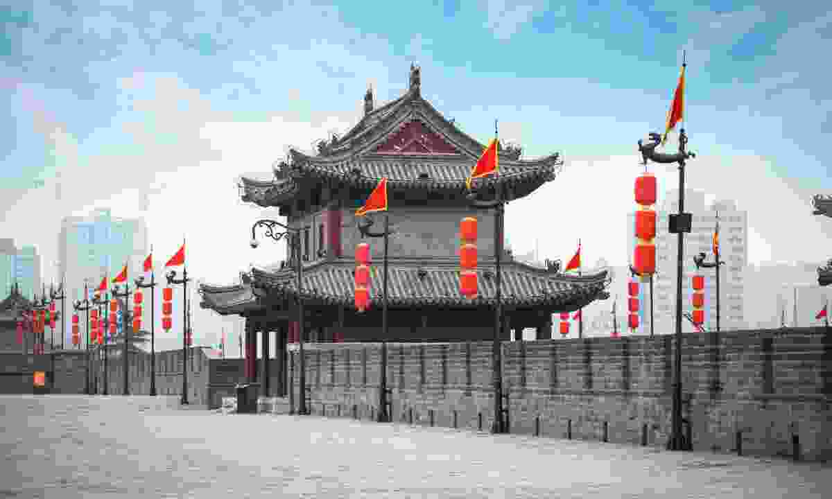 Ancient Tower on city wall in Xi'an (Dreamstime)