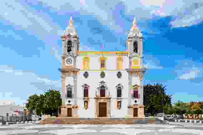 Carmo Church (also known as the Chapel of Bones) in Faro, Portugal (Shutterstock)