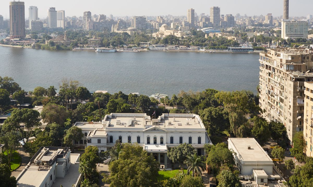Grounds of the British Embassy, next to the Nile (Luke White)