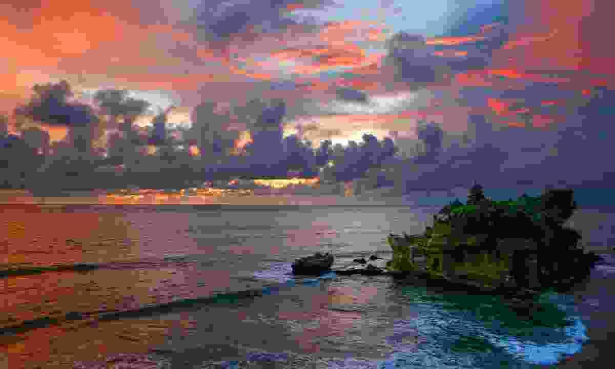 Tanah Lot, Bali (Dreamstime)