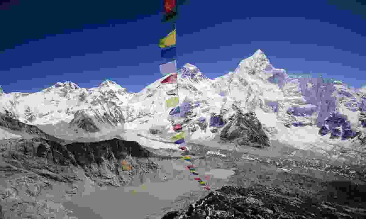 Mount Everest viewed from Kala Pattar (Dreamstime)