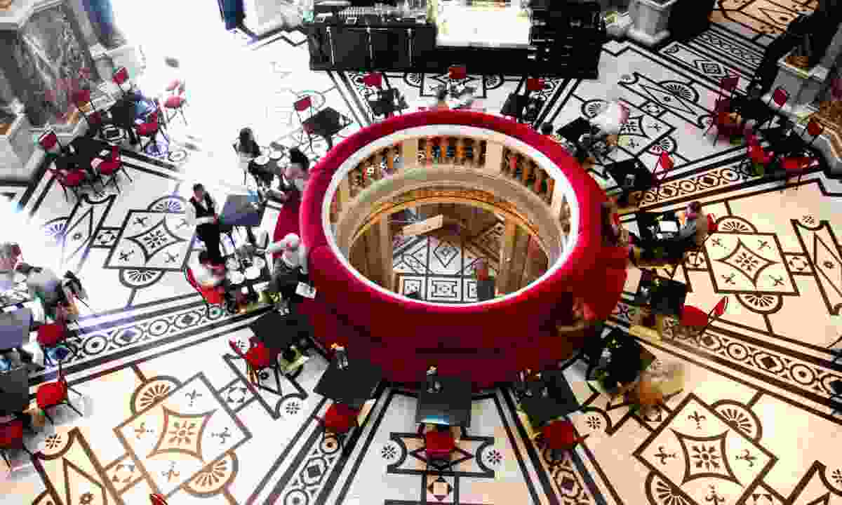 Bird's eye view of the interior of Kunsthistorisches Museum (Dreamstime)
