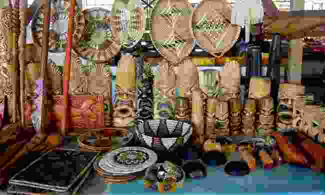 Craft stall at Talamahu Market (Dreamstime)