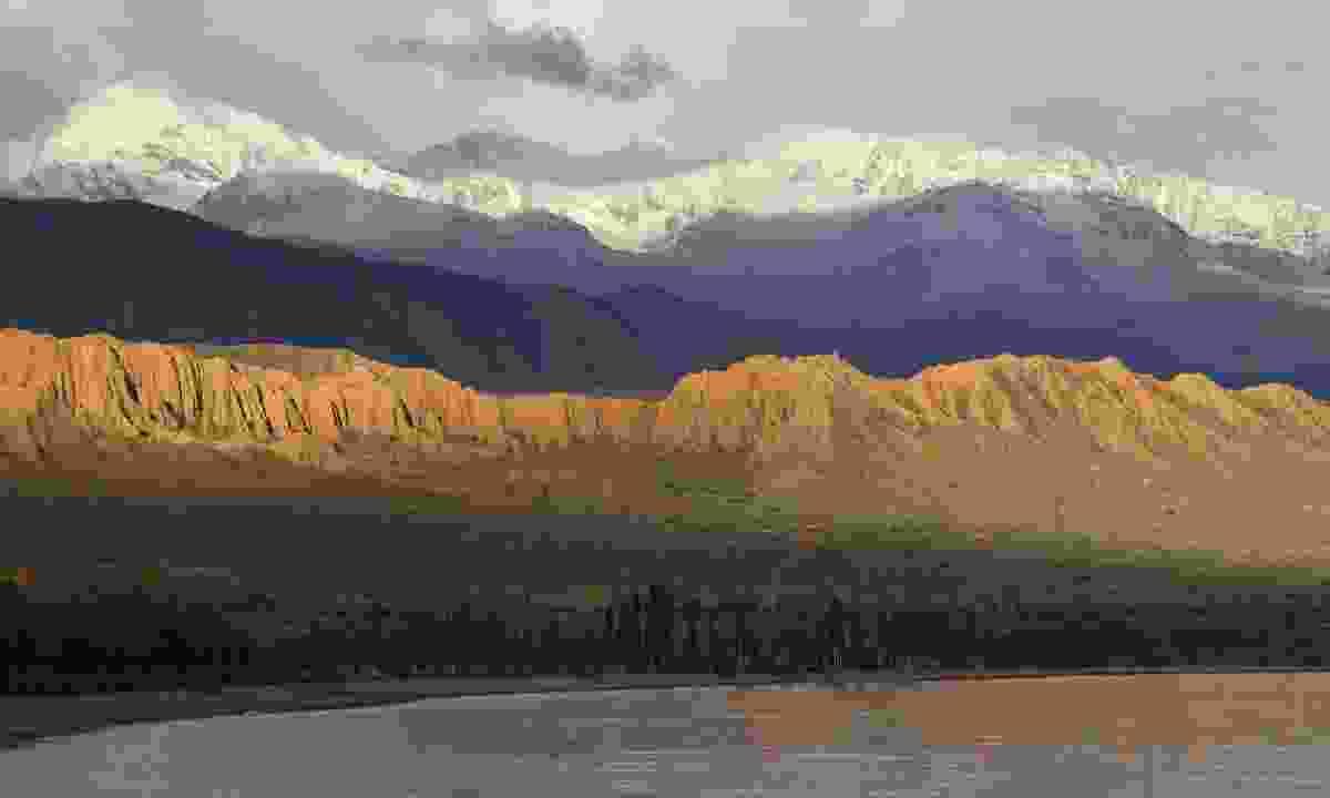 Mountains near Kazarman in Kyrgyzstan (Dreamstime)