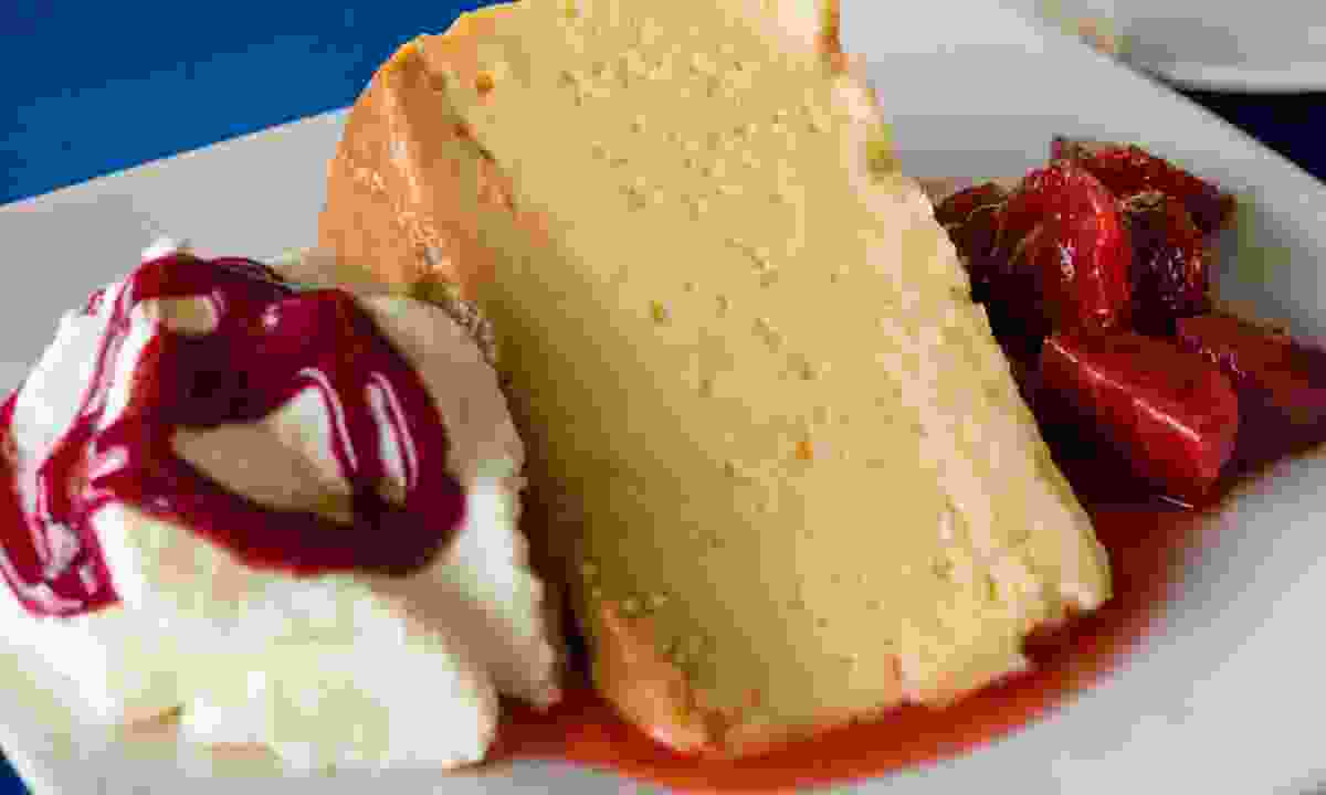 Tres leches dessert with strawberries (Dreamstime)