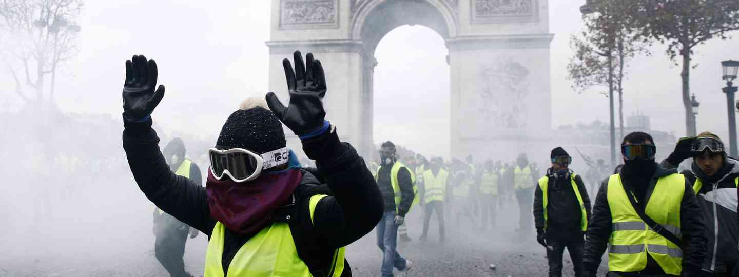 Rioting in Paris (Shutterstock)