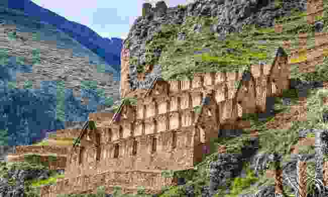 Inca storehouses in Ollantaytambo (Shutterstock)