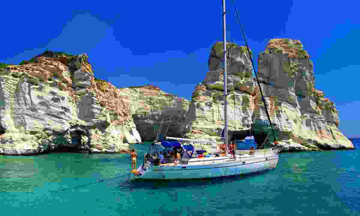 Sailing through the Cyclades (Shutterstock)