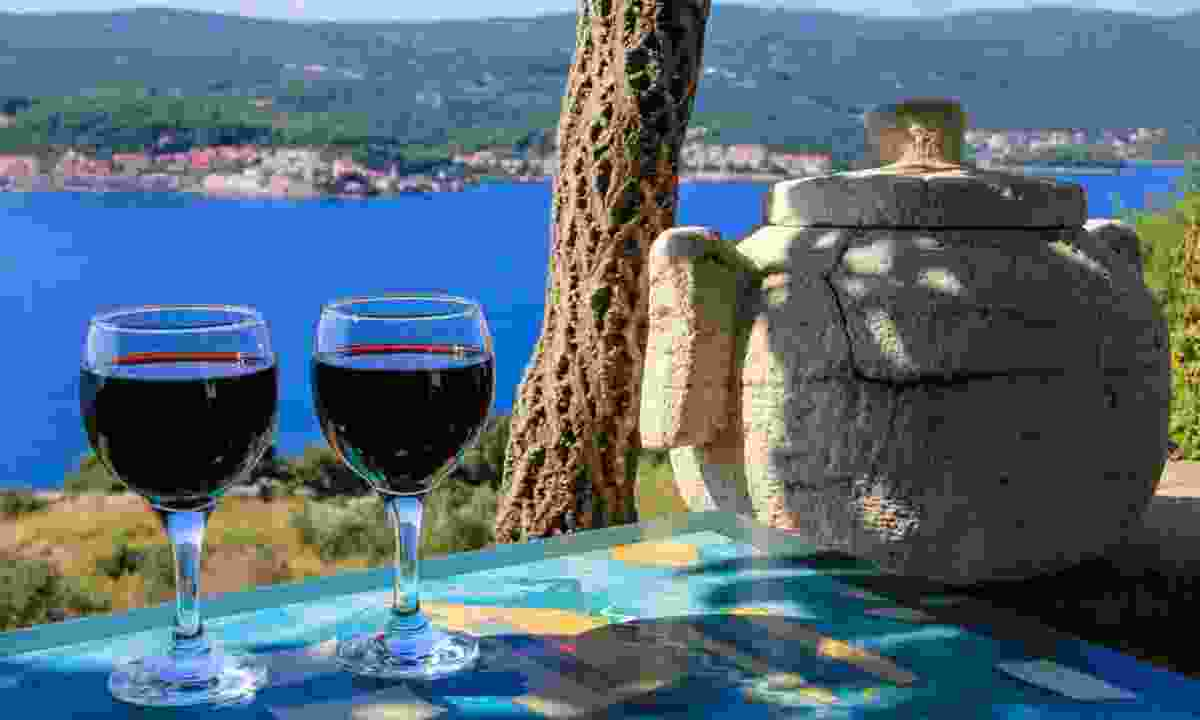 Wine with a view in Croatia (Dreamstime)