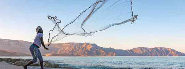 Fishing off of Shu'ab beach (Chris Miller)