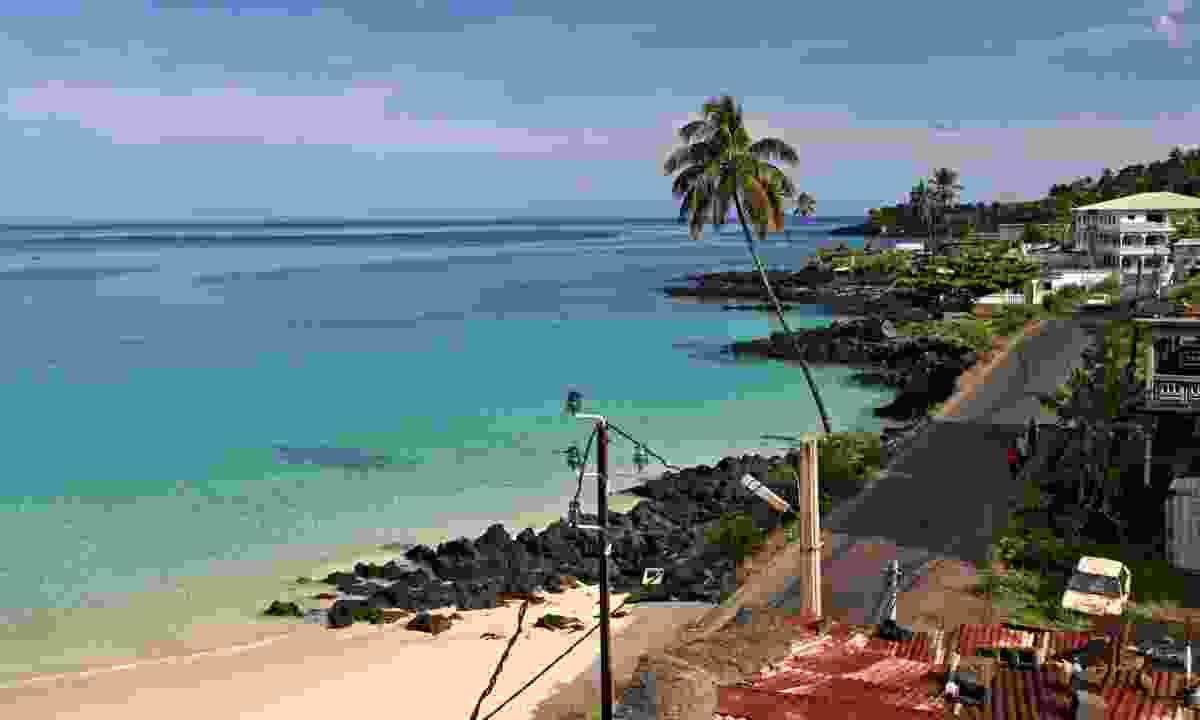 Beach in Moroni (Shutterstock)