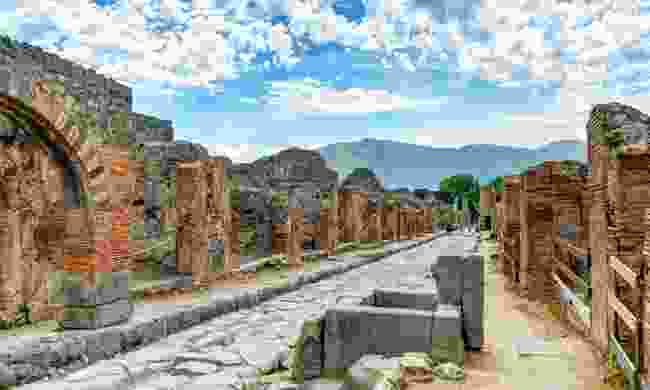 The ruins at Pompeii (Shutterstock)