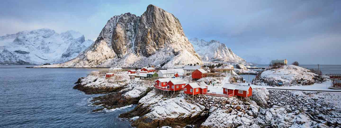 Lofoten Islands in winter (Shutterstock)