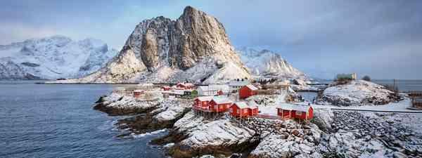 Lofoten Islands in winter (Shutterstock)