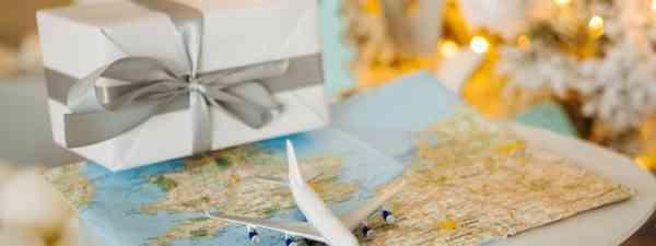 Christmas for travellers (Shutterstock)