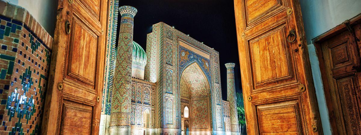 Wanderlust Journeys: The ultimate Uzbekistan trip with Lyn Hughes