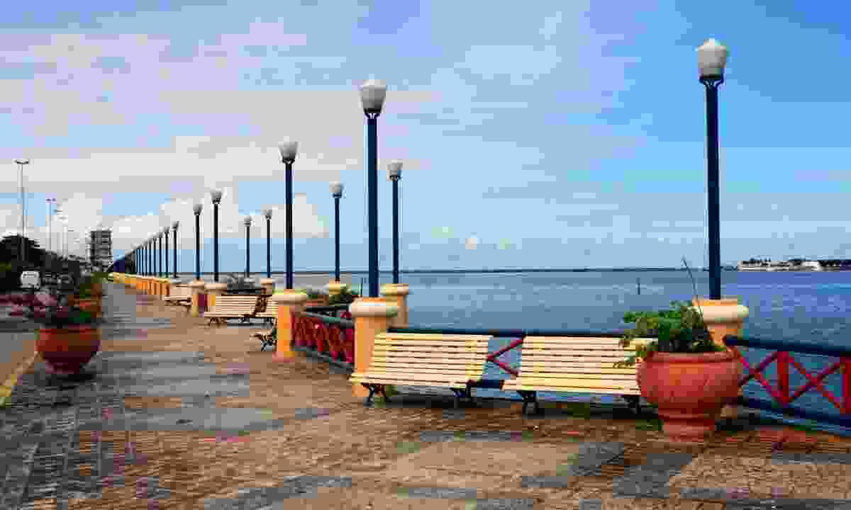 Waterfront promenade, Recife (Dreamstime)