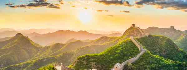 A small section of the Great Wall of China is now open again after the coronavirus lockdown (Shutterstock)