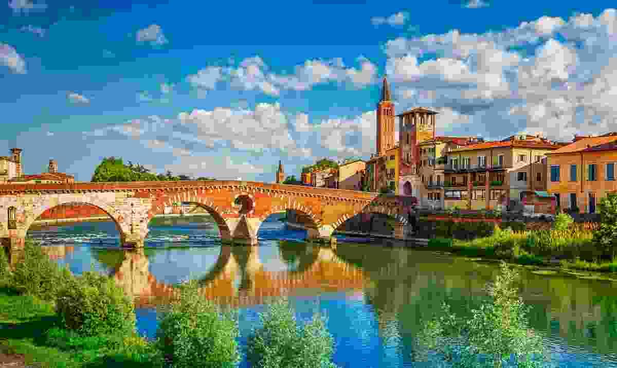 The beautiful Ponte Pietra bridge (Shutterstock)
