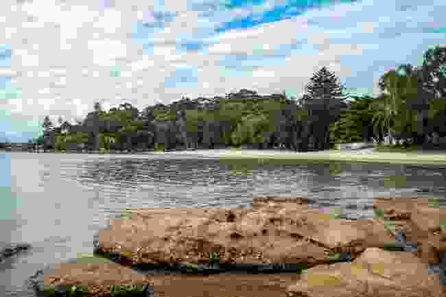 The sheltered beach at Darook Park, on Cronulla's Gunnamatta Bay (Mark Sariban/Destination NSW)