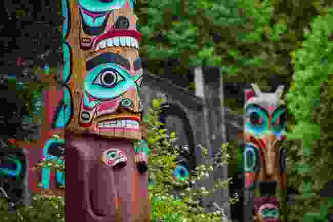 Totem poles in Saxman, Alaska (Shutterstock)