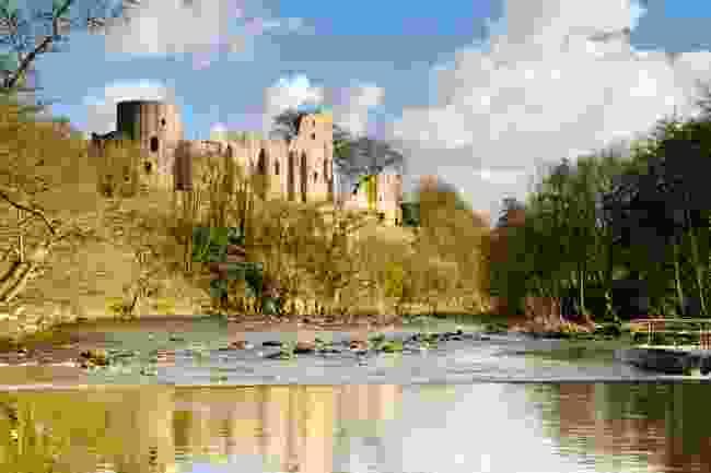 The ruins of Barnard Castle (Shutterstock)